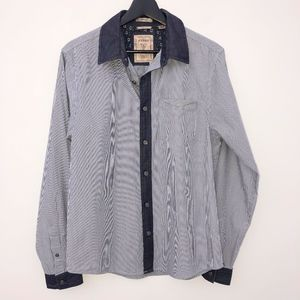 Guess button down shirt sz Small slim fit Dillon